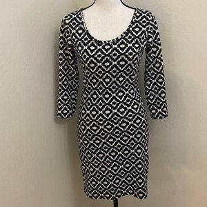 French Atmosphere Small Fitted Black White Dress
